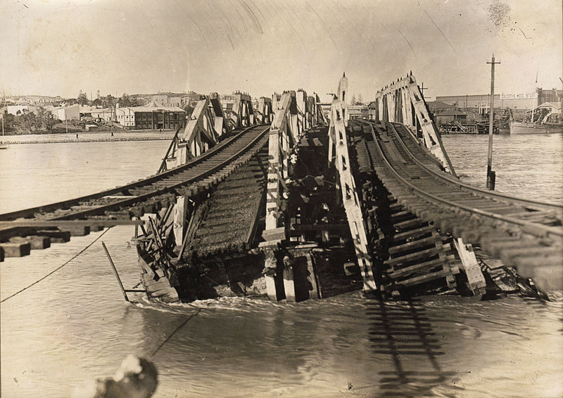 Fremantle Bridge Collapase July 1926.